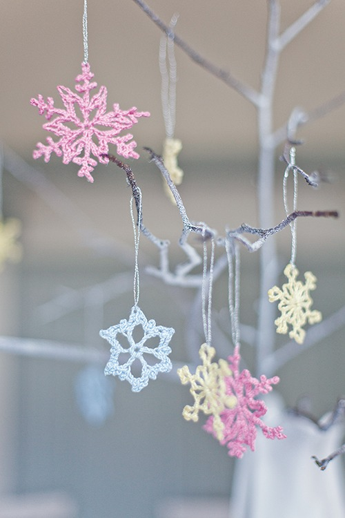lr-snowflakes-main_0989