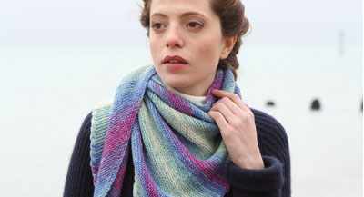 Cable edge garter stitch shawl